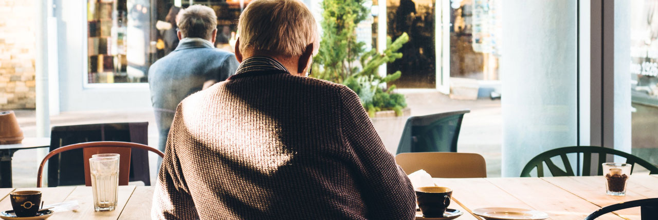 Acoustic Comfort - Reducing road noise to read in peace at a café